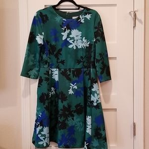 Eva Mendes Holiday Fitted Green Floral Dress